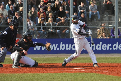Buchbinder Legionaere win German Championship with 10 0 shutout