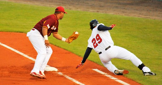 Lino Connell playing First Base for Venezuela