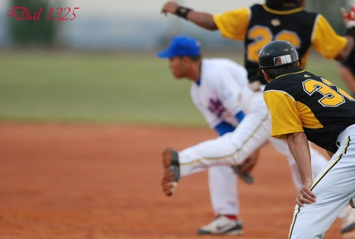 CB Sant Boi won both games against CB Viladecans this weekend
