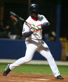 Carlos Villalobos (De Angelis Godo Knights) hit six homeruns this season