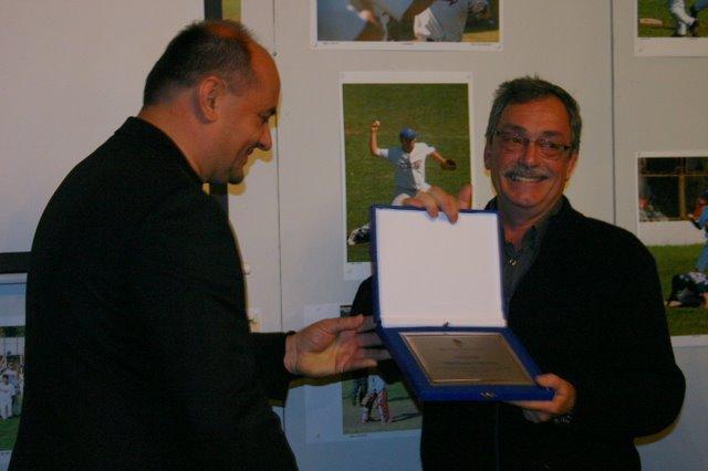 author_recive award_from Croatian_baseball_asociation
